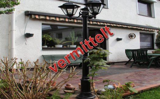 Verkauft durch Schöller Immobilien e.K. Doppelhaushälfte mit Garage, Köln-Lövenich